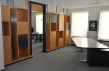 Provisionsfrei v. Eigentümer – freundlich-hochwertige kl. Büroeinheit 117 m² repräsentativ möbliert